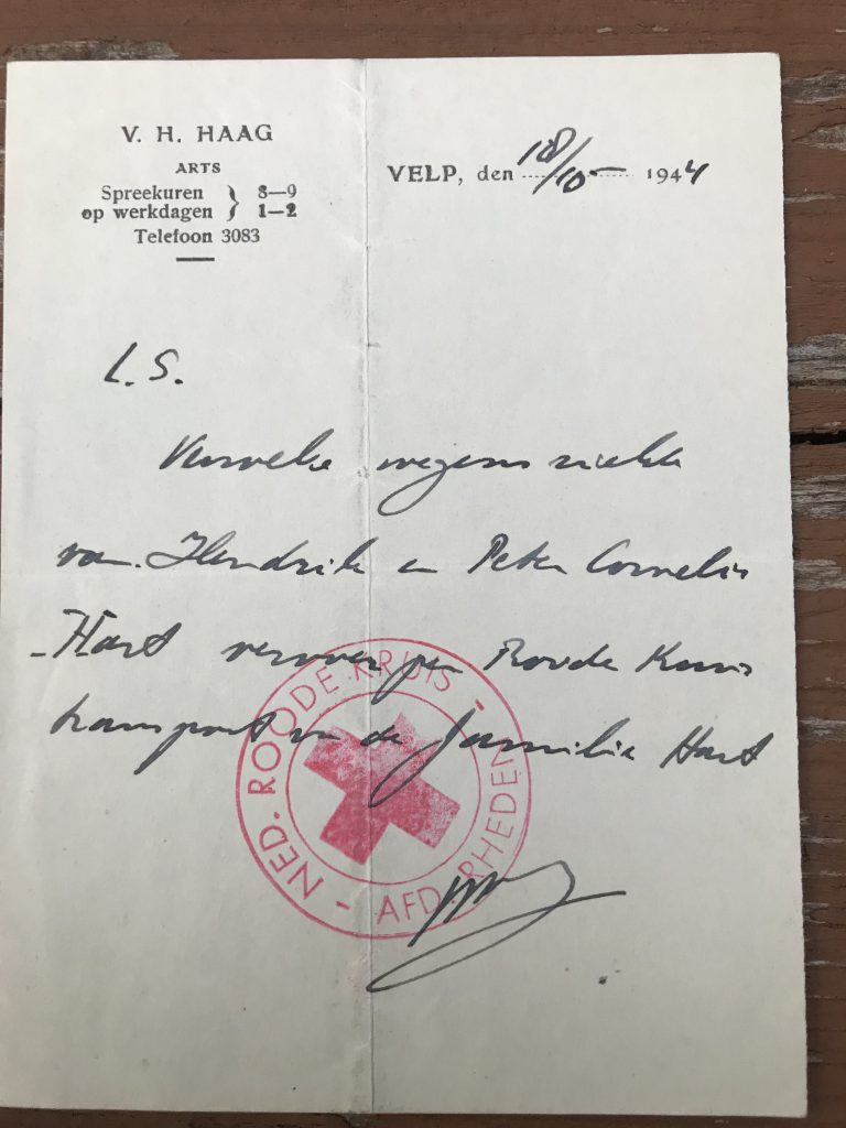 Handwritten note from Red Cross for this mysterious illness of Hendrik and Peter Hart. October, 1944. Dutch.